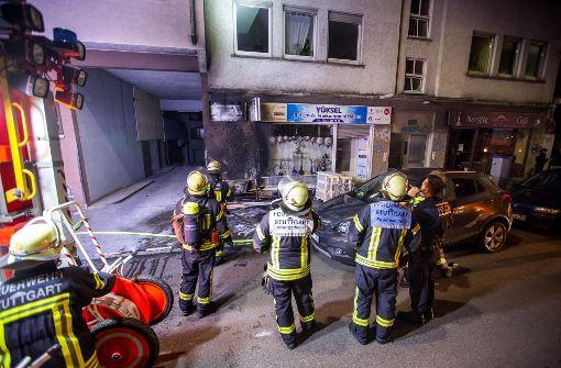 Brennender Sperrmüll beschädigt Hausfassade