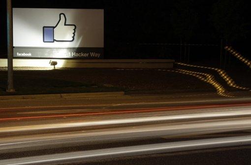 Nachrichtendienste überwachen Mails und soziale Netzwerke Foto: dpa/AP