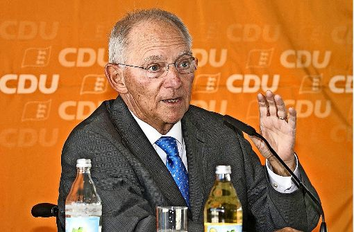 Der Finanzminister Schäuble als Wahlkampfhelfer in Waiblingen Foto: Horst Rudel