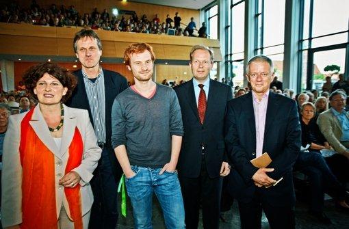Die OB-Kandidaten (von links): Wilhelm, Loewe, Rockenbauch, Turner und Kuhn. Foto: Peter-Michael Petsch
