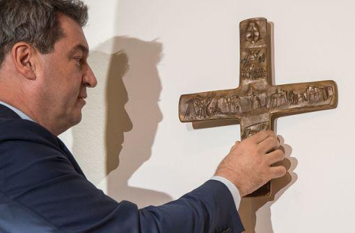 Söder kündigt Kruzifixe in allen Staatsbehörden an