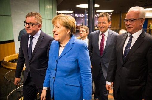 Von links: CDU-Spitzenkandidat zur Landtagswahl, Guido Wolf, Dr. Angela Merkel, Dr. Christoph Reisinger und Dr. Richard Rebmann, Vorsitzender der SWMH-Geschäftsführung Foto: Lichtgut/Achim Zweygarth