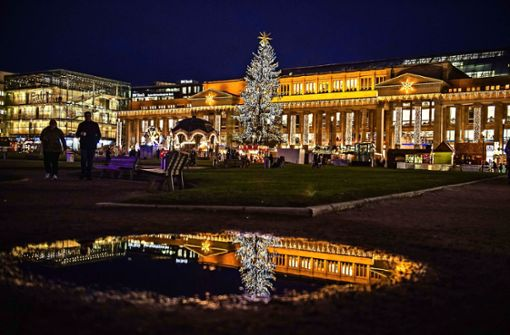 Debatte über größeren Weihnachtsmarkt in Stuttgart