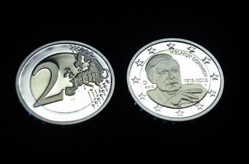 Reguläres Zahlungsmittel Neue Zwei Euro Münze Mit Helmut Schmidt