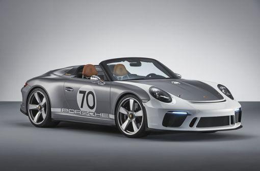 Als Weltpremiere präsentierte Porsche beim Jubiläums-Festakt die Fahrzeugstudie 911 Speedster Concept. Foto: Porsche