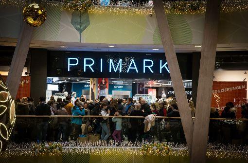 Die Primark-Filiale im Milaneo (Foto) bleibt nicht der einzige Standort des Textildiscounters in Stuttgart. Foto: Lichtgut/Achim Zweygarth