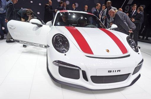 Porsche zeigt den Porsche 911 R. Mehr Modelle sehen Sie in unserer Bildergalerie. Foto: dpa