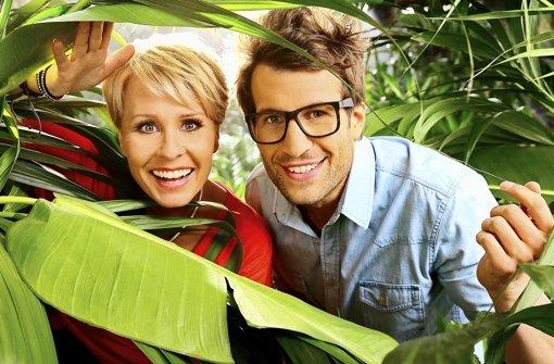 In der siebten Staffel der RTL-Show Ich bin ein Star, holt mich hier raus! stichelt Sonja Zietlow nach dem Tod von Dirk Bach zusammen mit dem neuen Dschungel-Moderator Daniel Hartwich gegen die Kandidaten. Was die Stars bald erwartet, zeigt ein Blick zurück. Klicken Sie sich in unserer Fotostrecke durch die Zahlen und Fakten rund um das Dschungelcamp. Foto: dpa