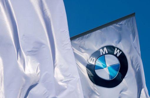 BMW legt sich mit eigenen Händlern an
