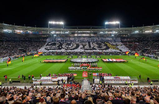 Fans feiern den VfB – und werden ausgepfiffen