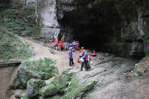 Der 60-Jährige, der in der Falkensteiner Höhle gestürzt war, hatte Glück im Unglück. Foto: www.7aktuell.de | Lukas Felder