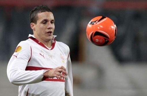 Philipp Degen gab eine kurze Stippvisite beim VfB ab. 2010 kam der Nationalspieler auf Leihbasis vom FC Liverpool, nach nur fünf Spielen in einem Jahr war er wieder weg. Anschließend feierte er mit dem FC Basel noch große Erfolge.   Foto: Baumann
