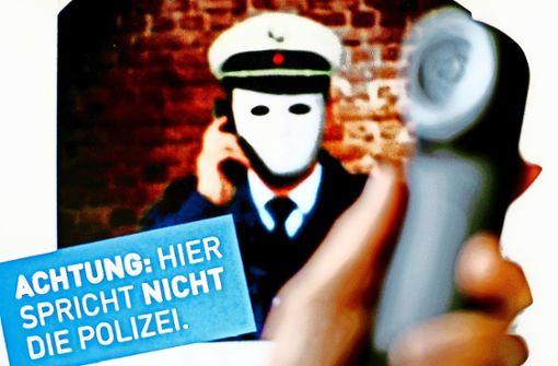 Zeugin  schildert die Tricks der falschen Polizisten