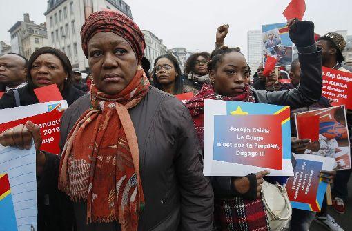 Mugabes Rücktritt könnte andere Machthaber bedrängen
