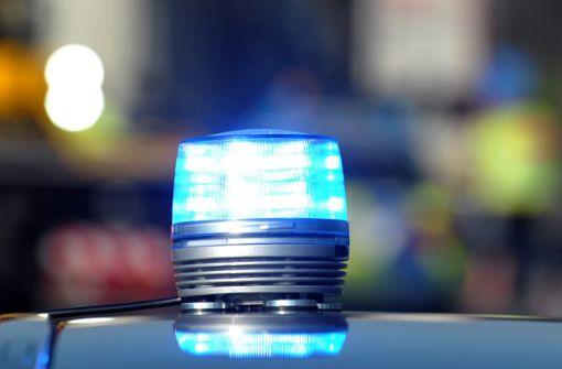 Mann droht Passanten mit Messer - von Polizei niedergeschossen