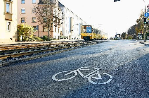 Piktogramme sollen Sicherheit für Radfahrer erhöhen