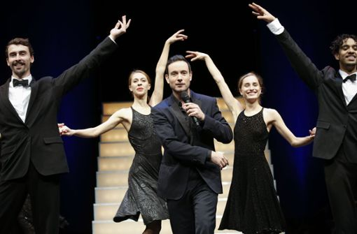 Conférencier, Entertainer und Tänzer: Eric Gauthier mit Gauthier Dance Foto: Lichtgut/Leif Piechowski