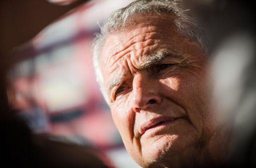 Wolfgang Dietrich weist Kritik an Kaderplanung zurück