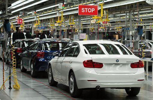 BMW-Arbeiter legen Produktion lahm