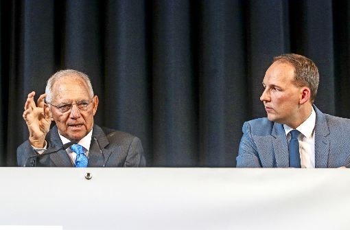 Wolfgang Schäuble verspricht Steuersenkungen