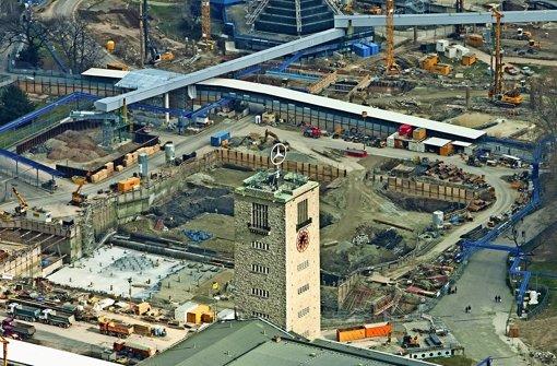 Die Bahnhofsbaustelle im Schlossgarten wird immer komplexer. Foto: Manfred Grohe