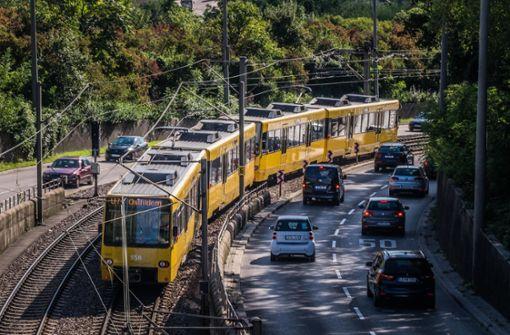 Baden-Württemberg will Jobticket von Steuer befreien