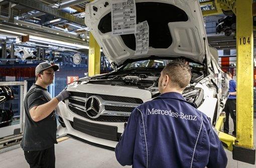 """""""Unser Unternehmen ist nicht nur eine Wertschöpfungsgemeinschaft, sondern auch eine Wertegemeinschaft"""": Daimler fordert Mitarbeiter auf, Farbe zu bekennen. Foto: Lichtgut/Max Kovalenko"""