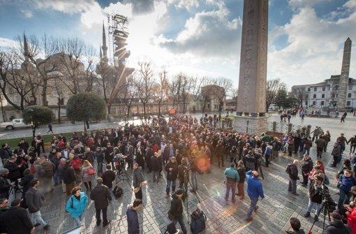 Der Ort, wo das Selbstmordattentat stattgefunden hat, am Donnerstagmorgen. Foto: dpa