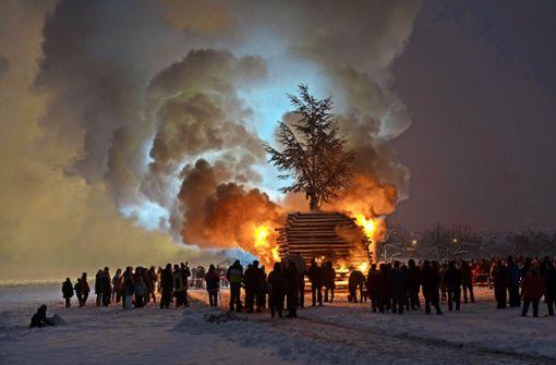 Funkenfeuer gegen die Wintergeister