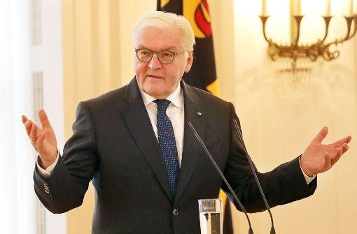 Steinmeier trifft Merkel, Seehofer und Schulz