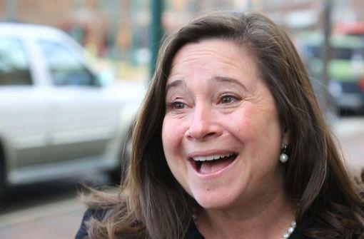 Die Demokratin Shelly Simonds wähnte sich schon als Siegerin in Virginia bei der Wahl zum Abgeordnetenhaus. Doch nun muss ein Münzwurf über den Sieg entscheiden. Foto: dpa