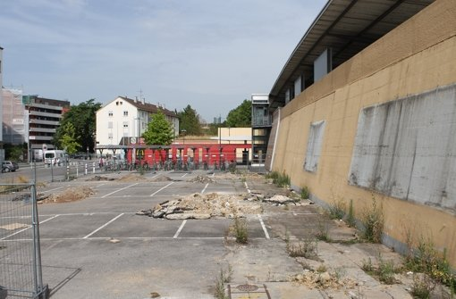 Neue Skatehalle hinter dem Bahnhof