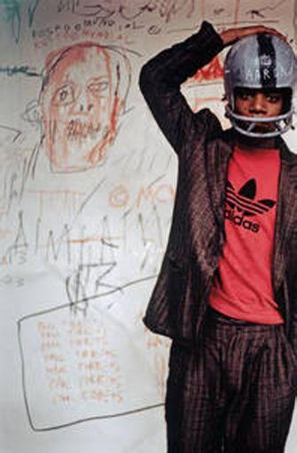 .. der 1981 von Edo Bertoglio fotografiert wirdFoto: Photo: © Edo Bertoglio, courtesy of Maripol, Artwork: © VG Bild-Kunst Bonn, 2018 & The Estate of Jean-Michel Basquiat, Licensed by Artestar, New York Foto: