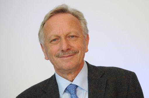 Schmidt bleibt Aufsichtsratschef