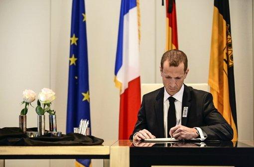 Trauer um die Opfer von Paris