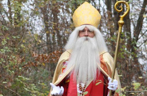 Wenn Wolfgang Kimmig-Liebe sein Bischofskostüm trägt, ist seine Stimme tiefer, der Habitus anders, die Schritte sind gewählter. Foto: Leihenseder