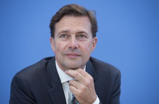 Wirtschaft - Seibert: Merkel hat als eine überzeugte Transatlantikerin gesprochen