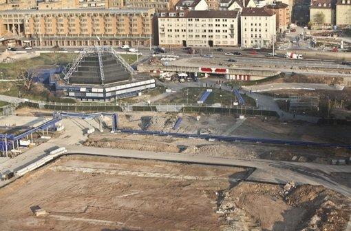 Im Mittleren Schlossgarten schlägt das Herz von Stuttgart 21, doch ob der Tiefbahnhof wie geplant 2021 in Betrieb gehen kann, entscheidet sich wohl an anderer Stelle Foto: Peter Michael Petsch