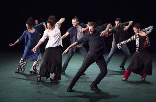 Tanz-Mosaik mit starken Frauen