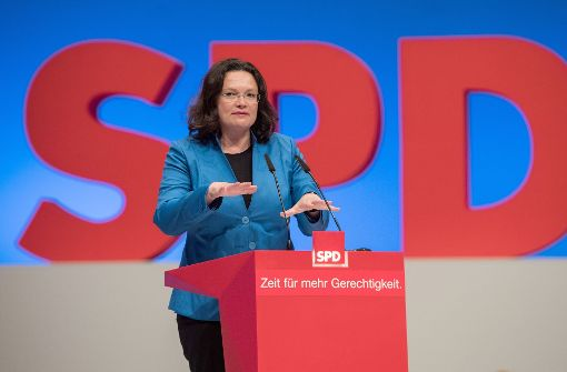 Merkel will mit FDP, Grünen und SPD sprechen