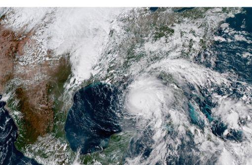 Schwerer Sturm unmittelbar vor Floridas Küste