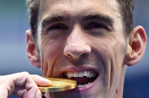 Michael Phelps schwimmt gegen Weißen Hai