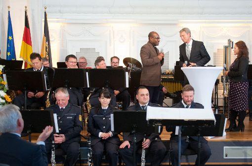 Strobl begrüßt 300 neue deutsche Staatsbürger