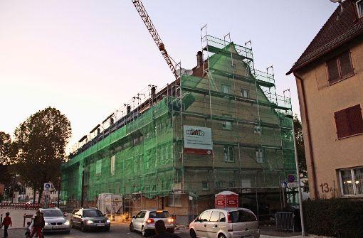 Sanierung statt Abriss:  SWSG schickt die Handwerker ins Zentrum