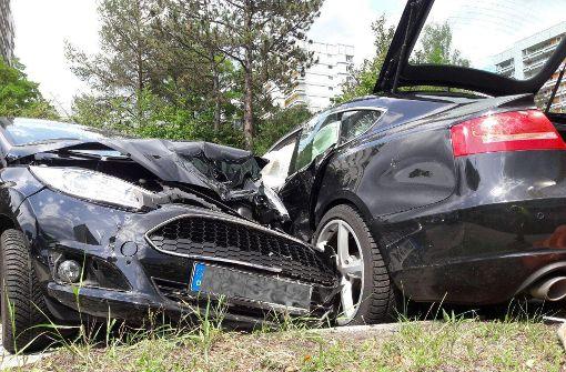 Schwerer Unfall nach gescheitertem Wendemanöver