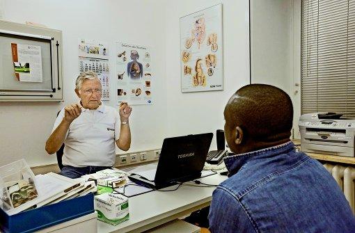 Fordert die Gesundheitskarte für Flüchtlinge: Landesärztepräsident Ulrich Clever. Foto: dpa