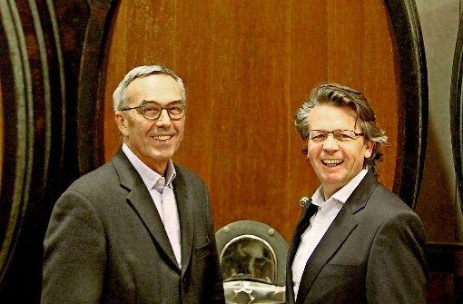 Ein Weinexperte macht dem anderen Platz