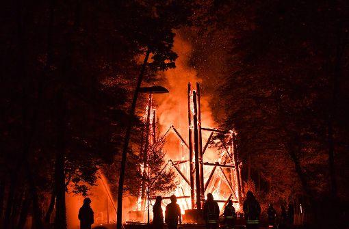 ... zum Donnerstag in Flammen geraten.  Foto: dpa