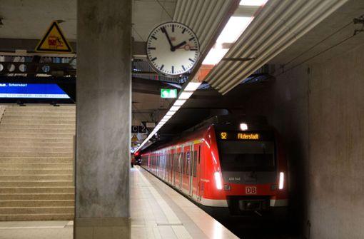 Der Landkreis priorisiert  eine Schienenverbindung  auf die Filderebene,  über Wendlingen geht. Foto: Horst Rudel