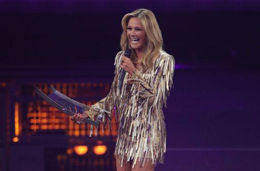 """Preisverdächtig: Helene Fischer mit ihrem """"Echo"""" in der Kategorie """"Schlager"""". Foto: Getty Images Europe"""